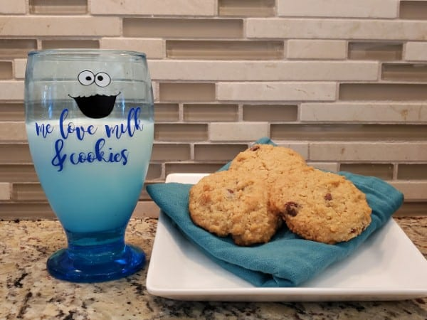 Me Love Milk & Cookies